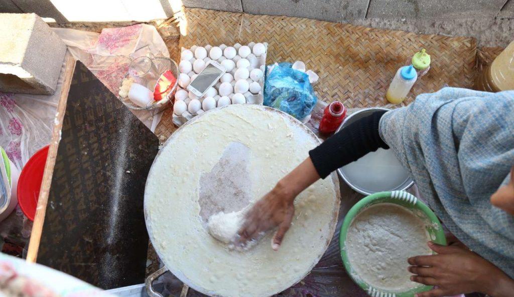 Unique Souvenirs From Qeshm Tomoshi bread
